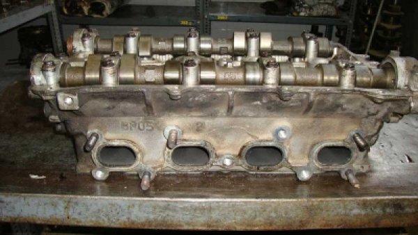 Mazda Lantis Silindir Kapağı