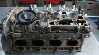 Audi Q5 Silindir Kapağı 06H103373K