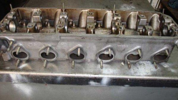 Bmw 535İ M30 Silindir Kapağı1708843