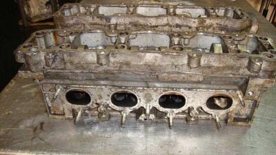 Citroen C4 Silindir Kapağı 9636076010