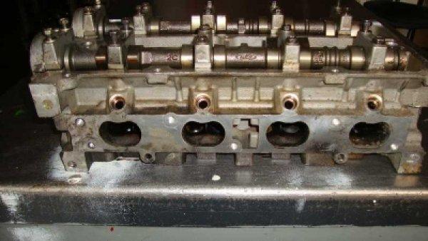 Ford Focus Silindir Kapağı 7S7G6090CB