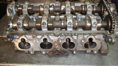 Volkswagen Corrado Silindir Kapağı 051103373A
