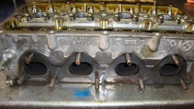 Volkswagen Passat 1.4 TSı Silindir Kapağı 03C103358AK