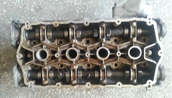 Rover 25 Çıkma Silindir kapağı