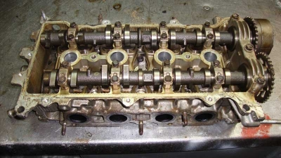 Toyota RAW4 Silindir Kapağı 1ZZ-FE
