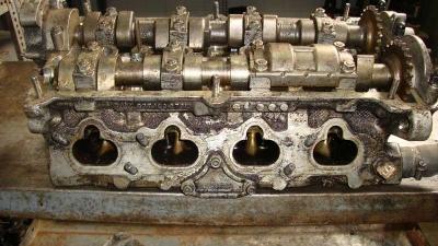 Audi A8 Silindir Kapağı 3.7 077103373 LM