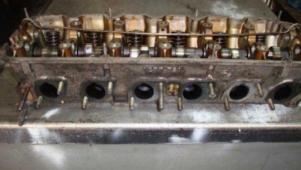 Bmw M20 Silindir Kapağı 1277731