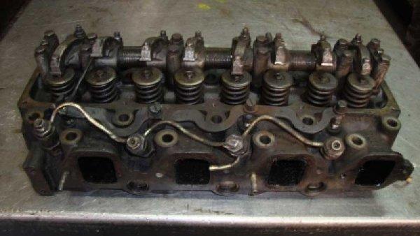 Nissan TD27 Silindir Kapağı Çıkma